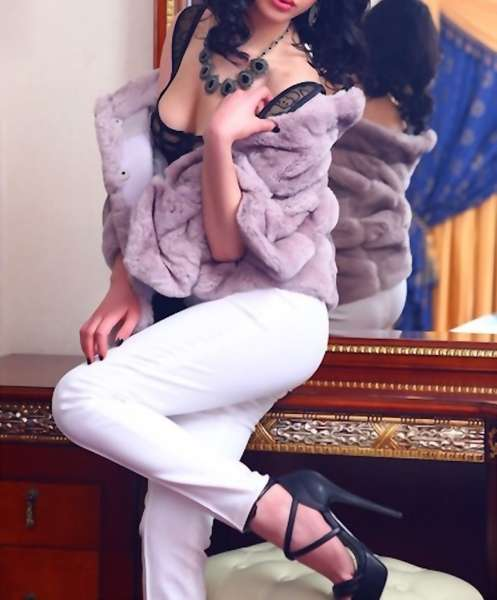 Exotic Amal   Female VIP Escort   Slixa