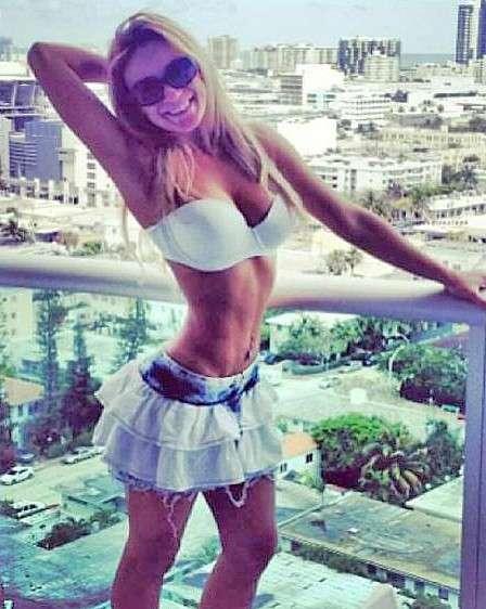 Barbara NY Vip Elite Blonde Escorts   premium new york city escorts   cityvibe